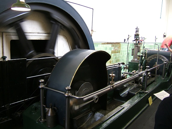 Mill Engine, Queen Street Mill Textile Museum